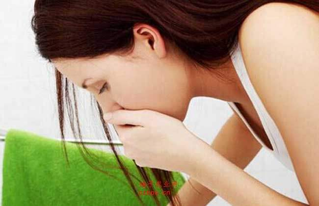 反胃胃酸过多老是吐怎么回事 胃酸过多老是吐缓解办法